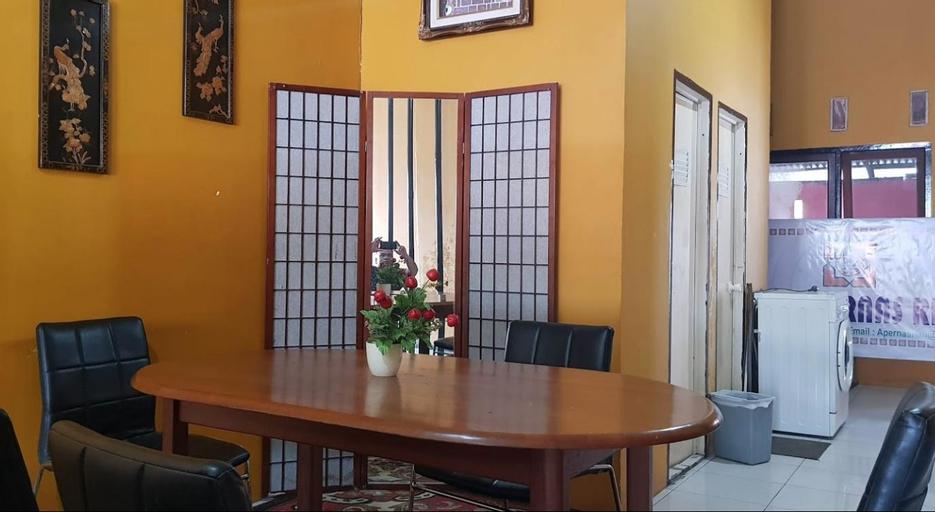 Cheap Room (MEN ONLY) @ Homestay 50k, Pekanbaru