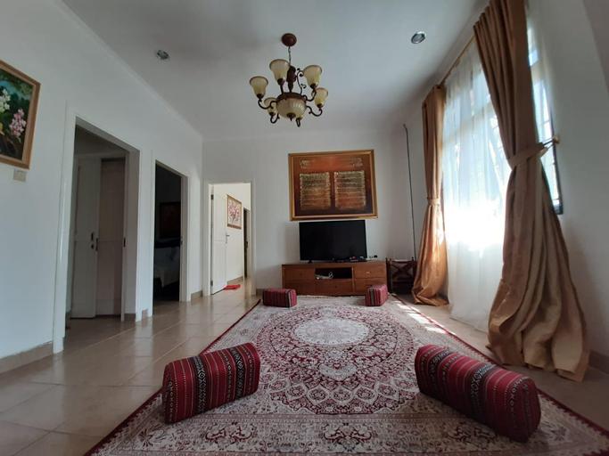 Villa Aljaz 701, Bogor