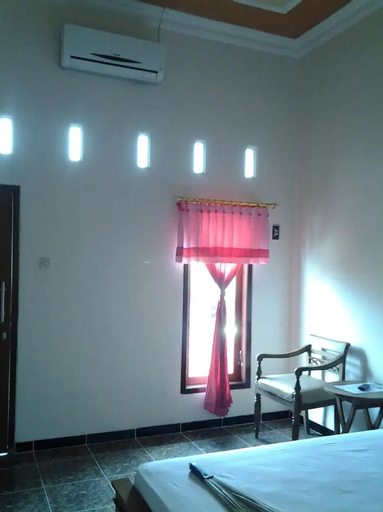 Affordable Room for 1 @ Blitar, Blitar
