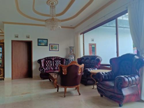 Villa 6 Kamar Cibodas Puncak, Cianjur