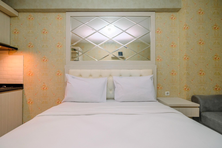 Relax and Homey Studio Room at Cinere Resort Apartment By Travelio, Depok