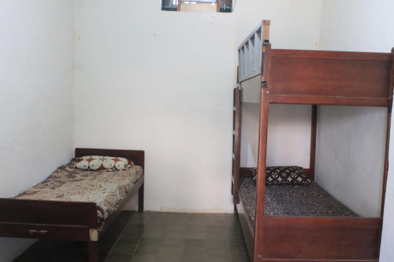 MIxed Bed Shared Room @ Semarang, Semarang