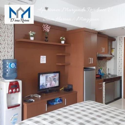 Studio with Queen size Margonda residence III, Depok