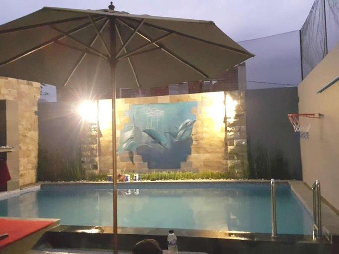Oemah Arma Rinjani Batu (Private pool and wifi), Malang
