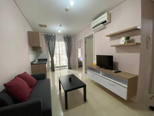 2 Bedroom Apartment next to Central Park Mall, West Jakarta