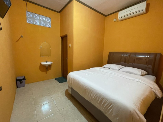 OYO 90648 Kusnan Guest House, Cirebon