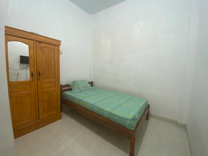 OYO 90111 Almeerah Homestay Syariah, Makassar