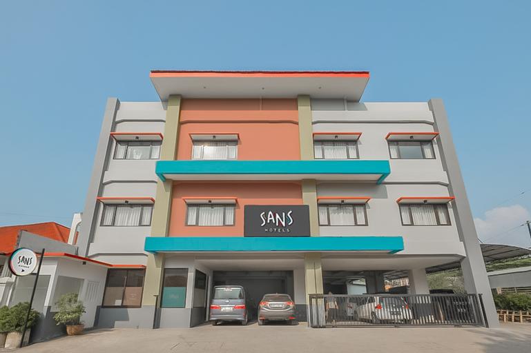 Sans Hotel Widarasari Cirebon, Cirebon
