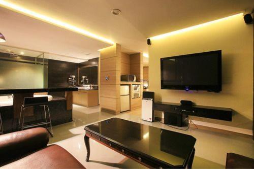 Tara Hotel Gangnam, Gangnam