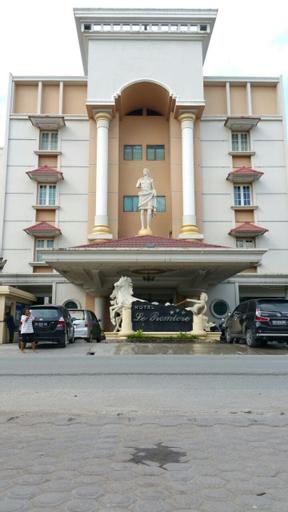 Hotel Le Premiere Papua, Jayapura