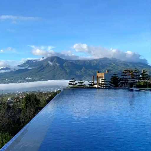 Twinpine Villa Batu, Malang