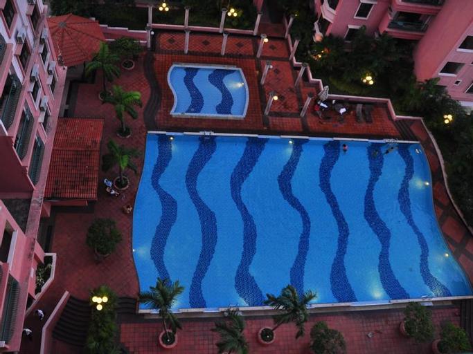 Stay Together 4, 5 & 6 Bedroom Apartments@ Marina Court Resort Condominium, Kota Kinabalu