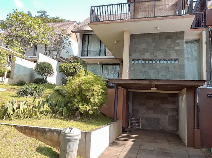 Villa Keluarga Taman Dayu Golf Mansion, Pasuruan