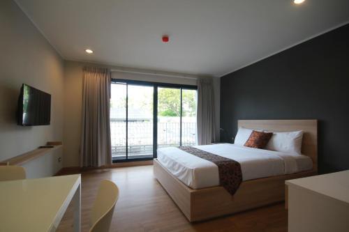 Sereine Sukhumvit 39 Hotel, Wattana