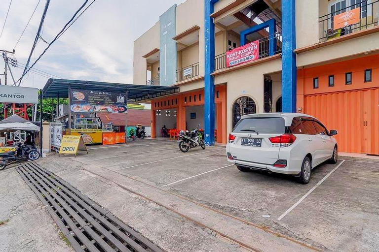 RedDoorz Syariah near Terminal Batu Ampar 2, Balikpapan