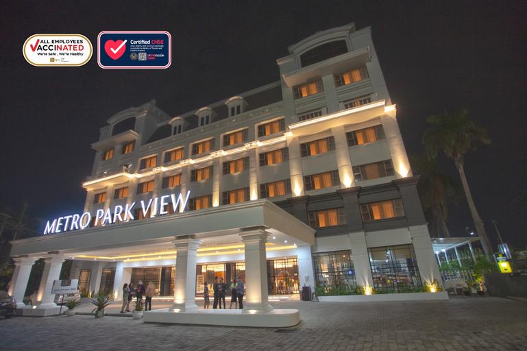 Metro Park View Hotel Kota Lama Semarang, Semarang