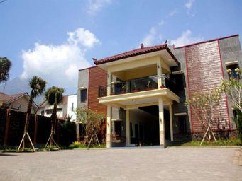 Baliku Guest House, malang
