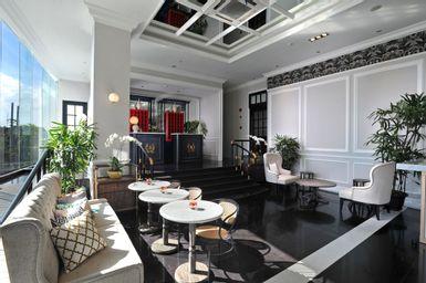 Brava Suites by Zia Surabaya, surabaya