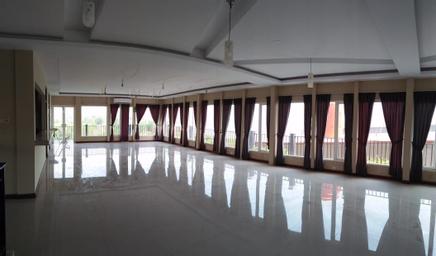BANDENGAN BEACH HOTEL JEPARA, jepara