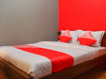 OYO 1145 Rita Guesthouse, Pangandaran