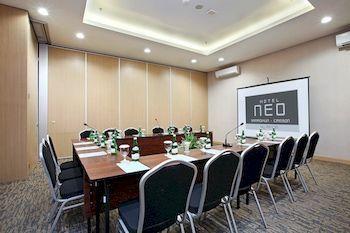 Hotel NEO Samadikun Cirebon, cirebon